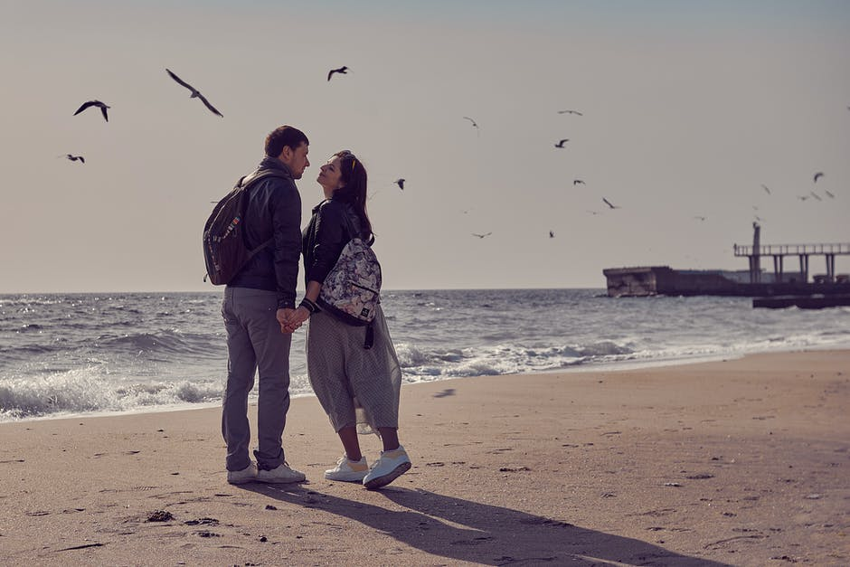a new short love in hindi language About the honesty in love, true love story in hindi in short, true sad love story in hindi language, hindi love story in short love, love story novel in hindi language, romantic love stories in hindi language